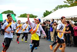 〈東京・神奈川〉 2018年 子ども虐待防止 オレンジリボンたすきリレー